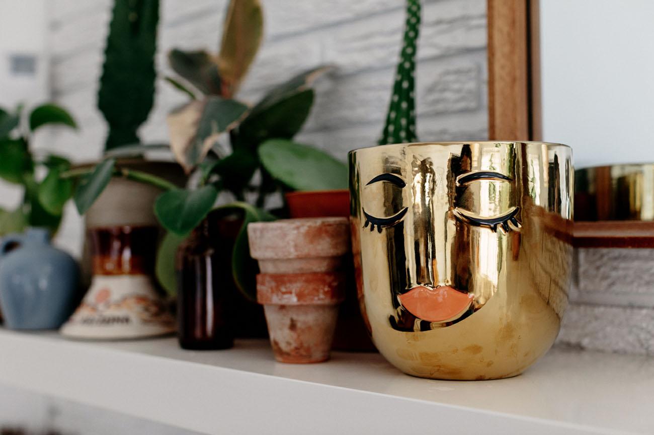 selfie vase