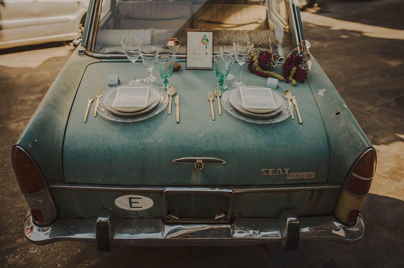 vintage car plate setting