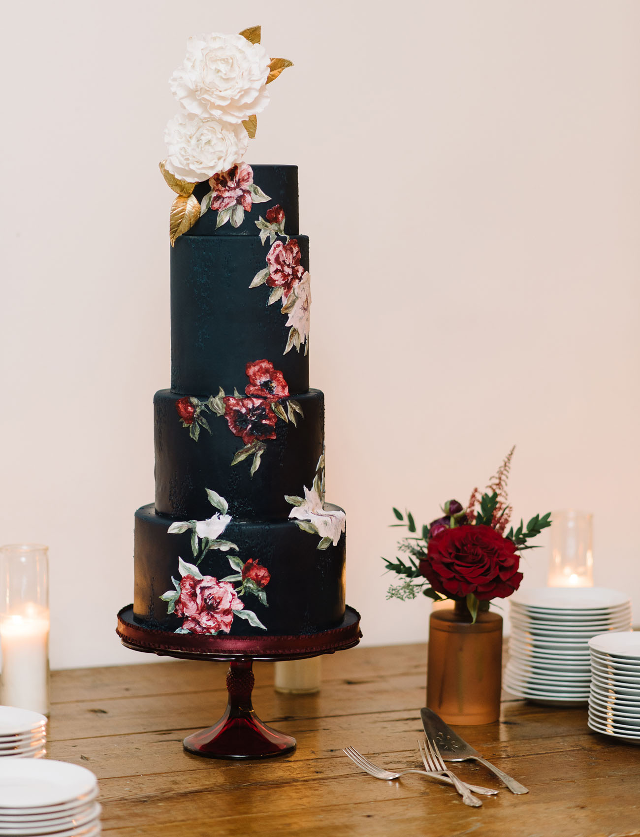 Fall navy floral cake