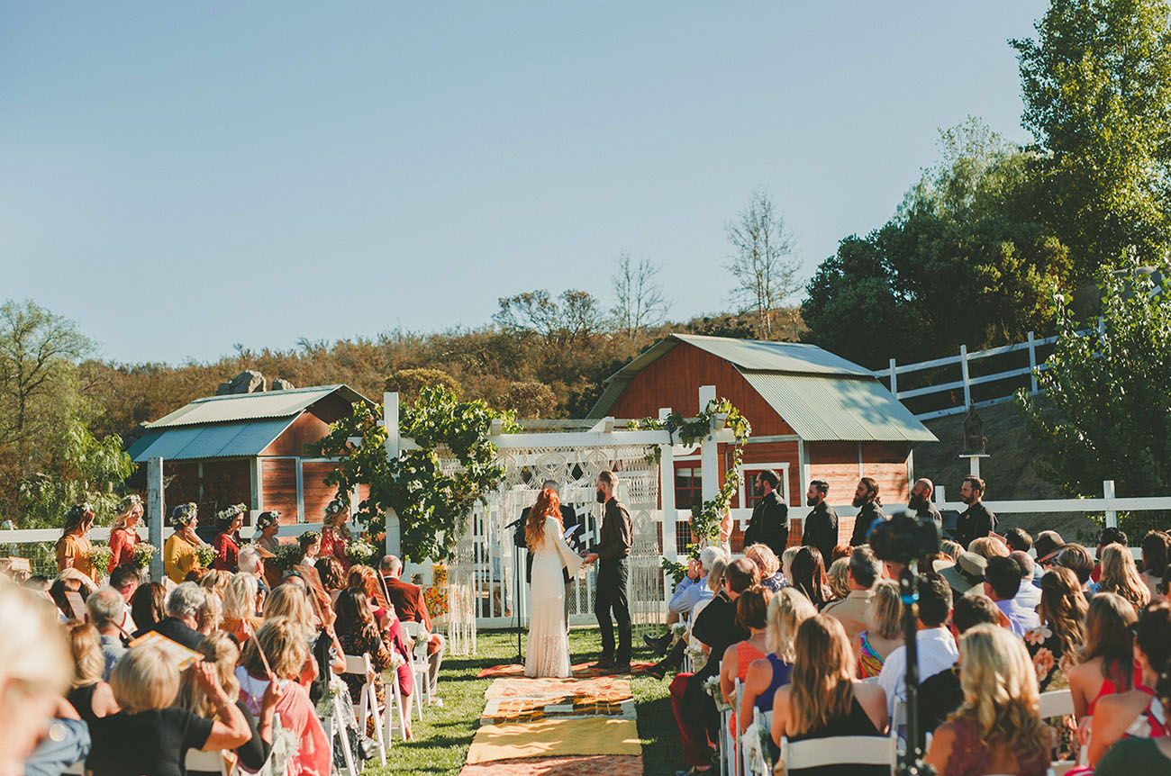 Welcome to Wedstock: A Vintage Wedding for Lovers - Green ...