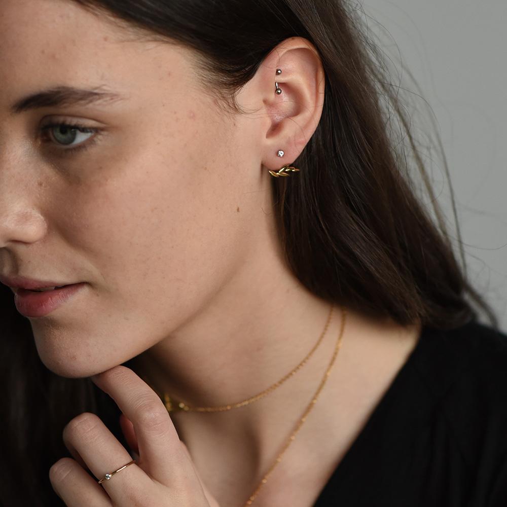 GWSxMejuri Olive Ear Cuff