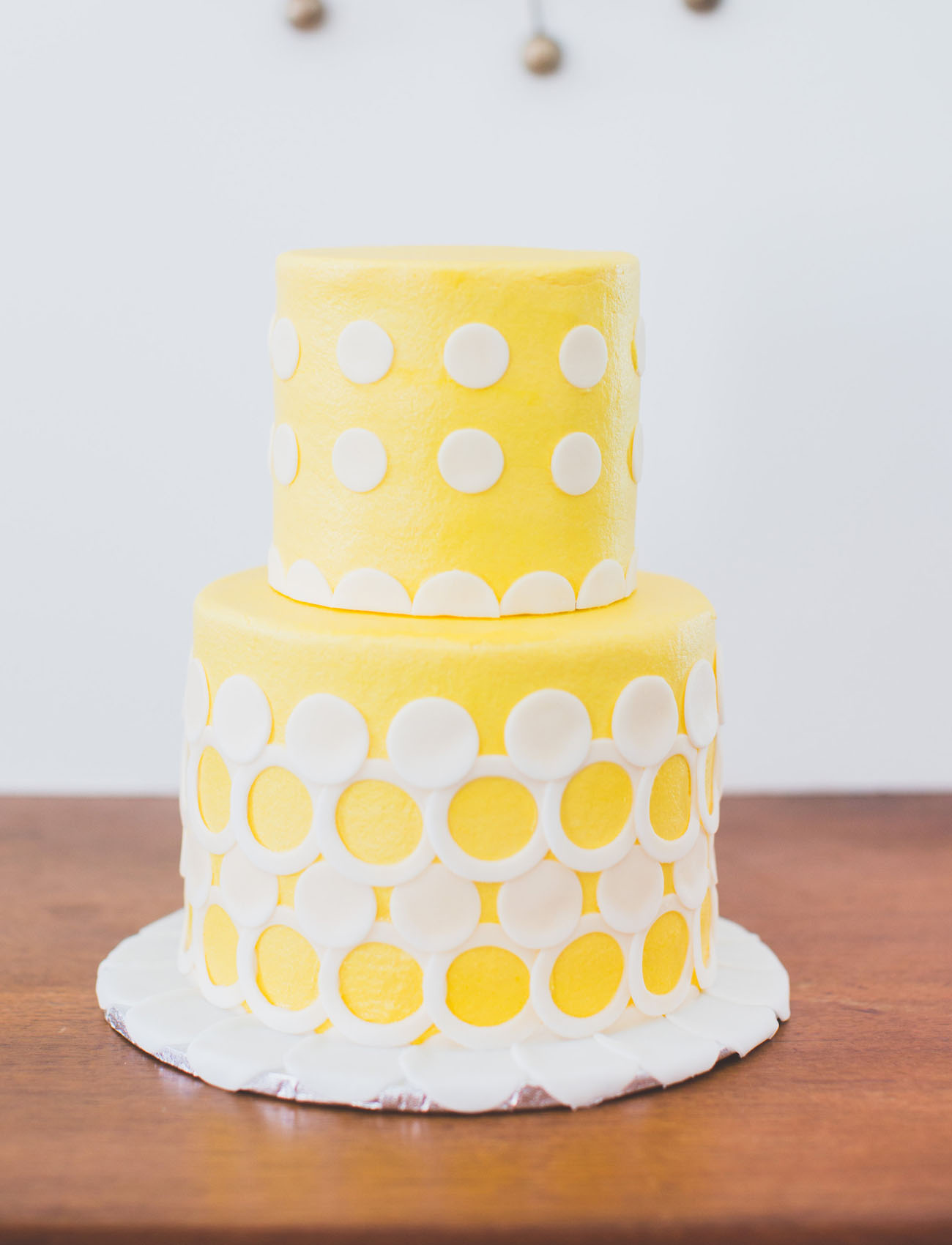 yellow beatles inspired wedding cake