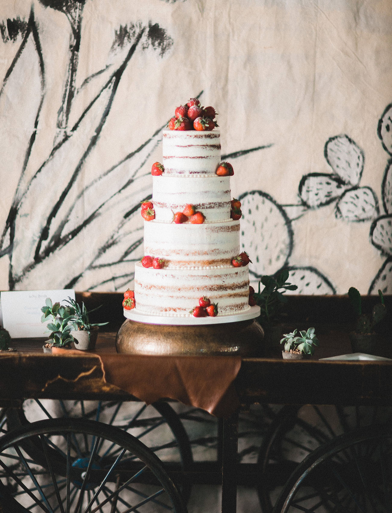 naked strawberry cake