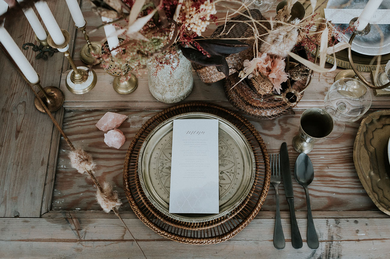 antique plate setting
