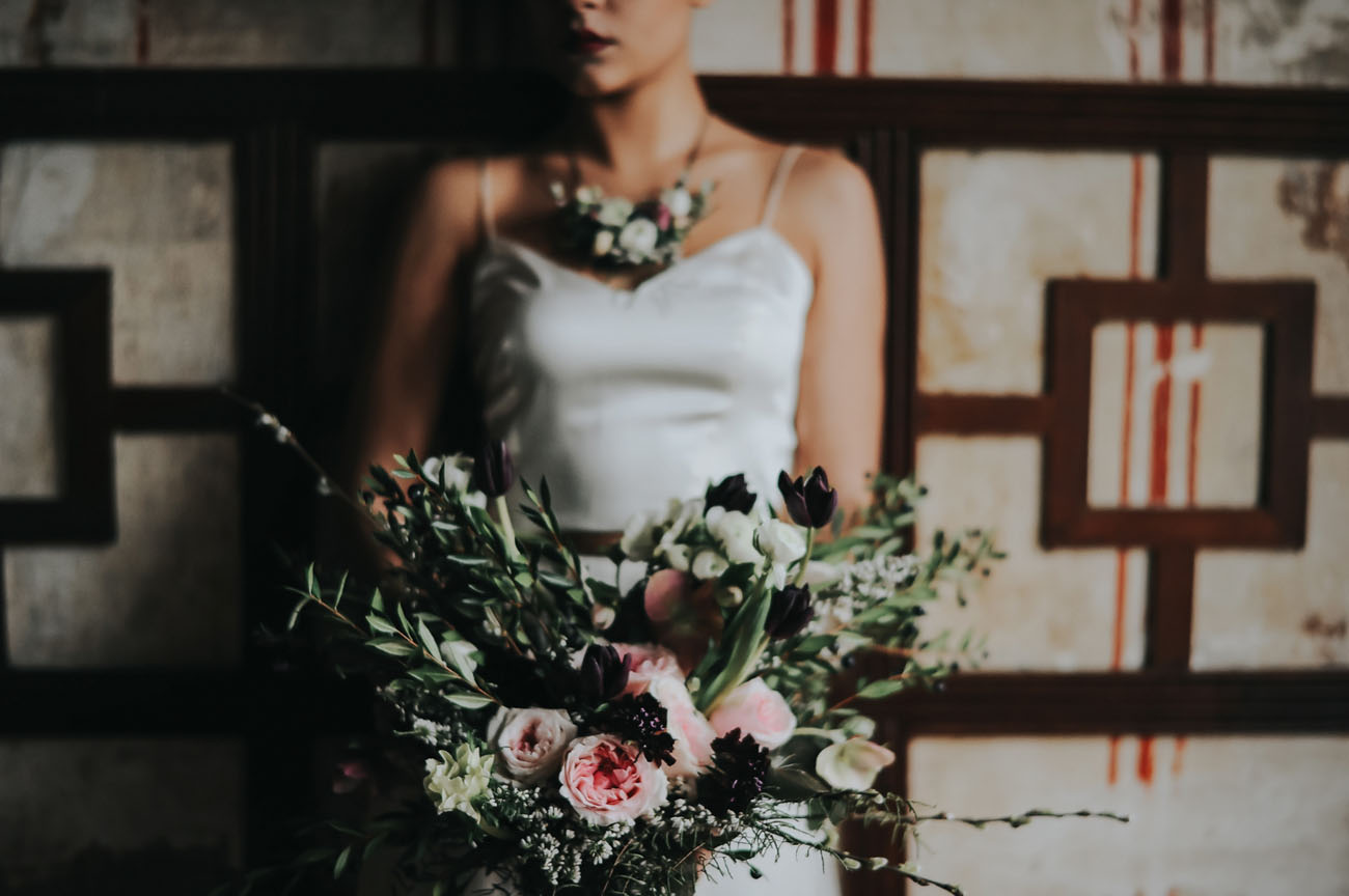 blush and black bouquet