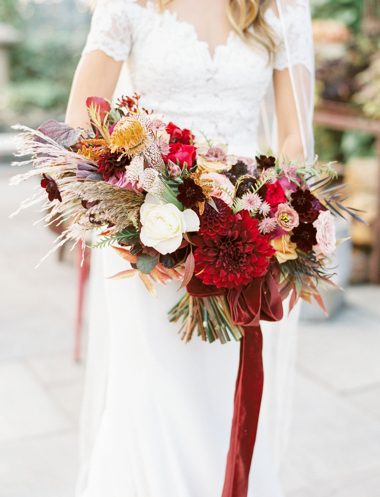 red fall bouquet