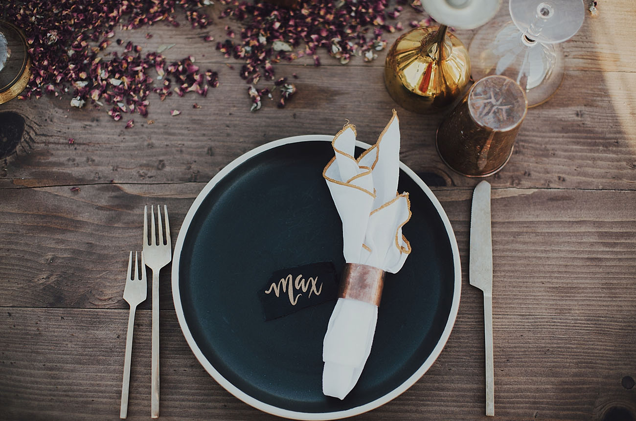 black matte plate