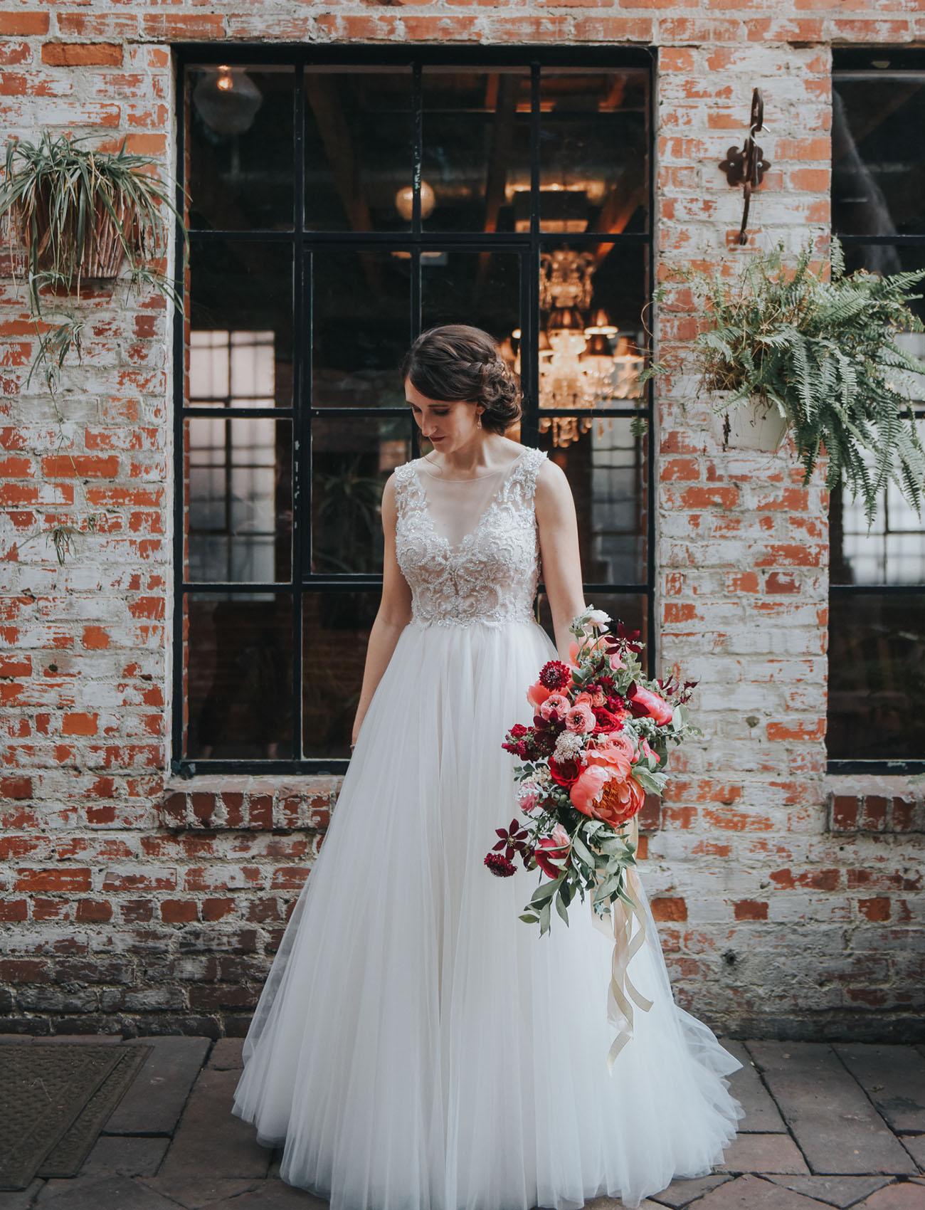 modern LA bride