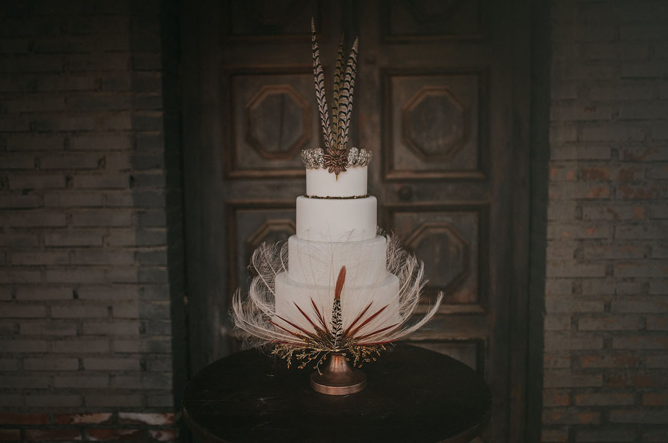 white feather cake