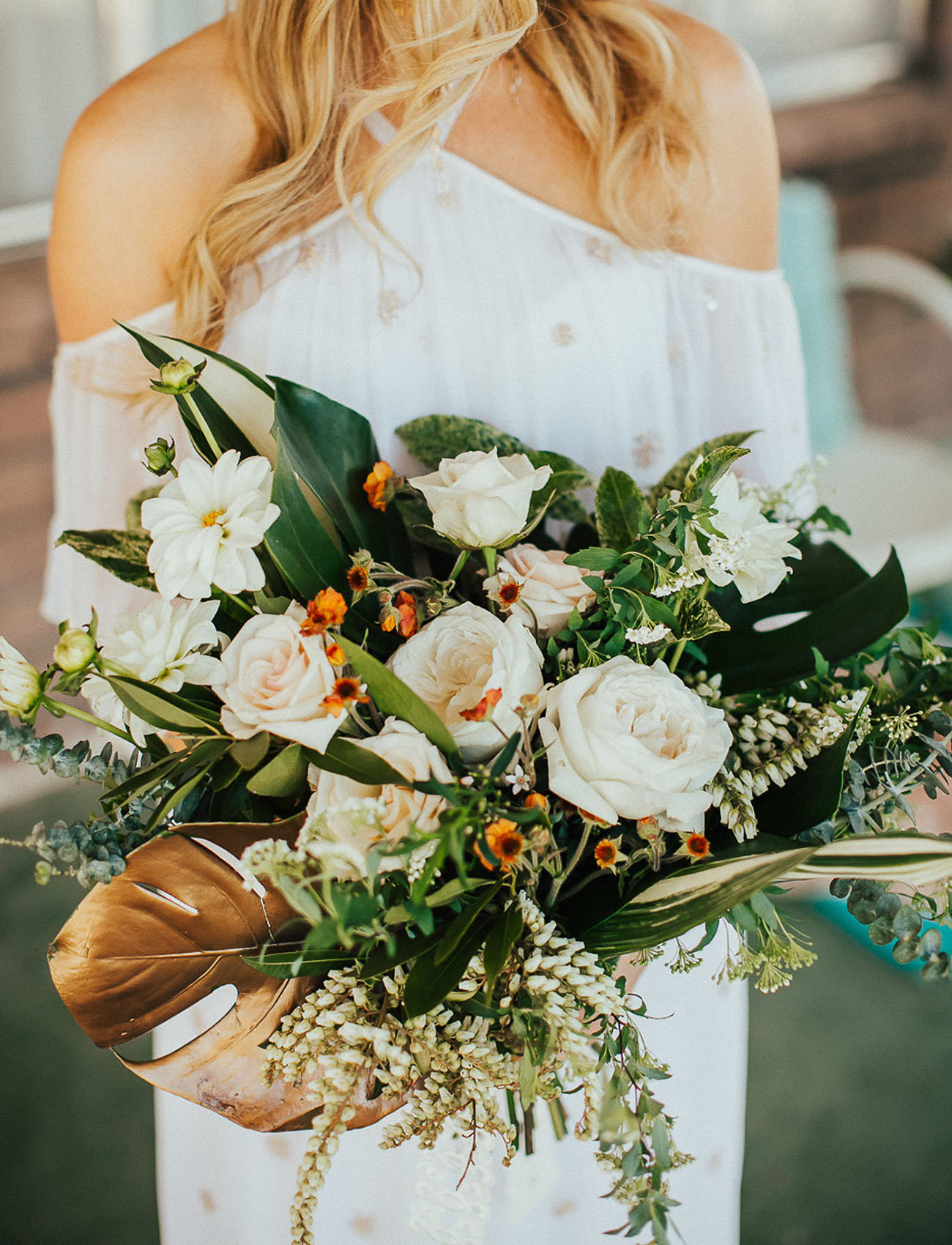 retro white rose bouquet