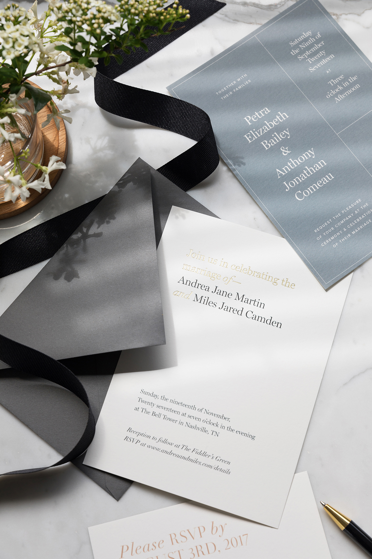 Adding A Major Luxe Quality To The Day We Could See These Gold Foiled Invitations Pairing With So Many Diffe Wedding Themes Color Palettes