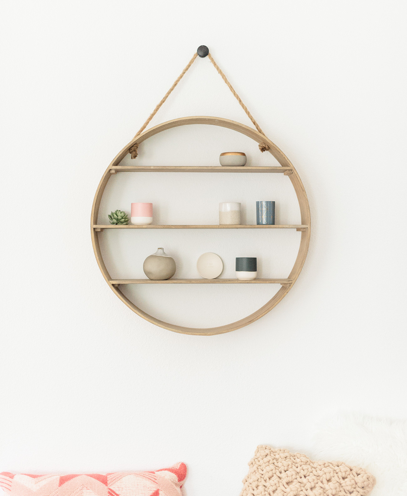 Circle Wooden hanging display