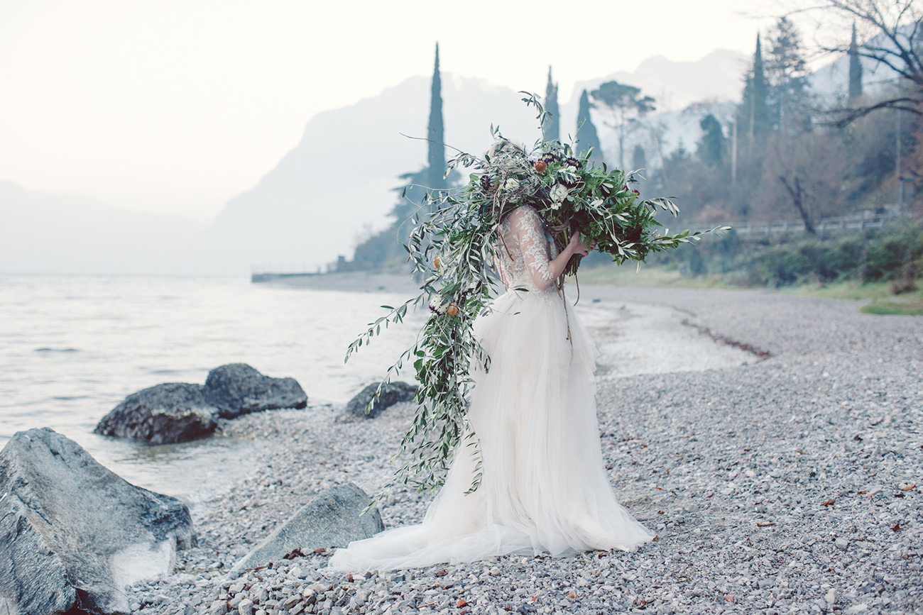 bride in Lake Como