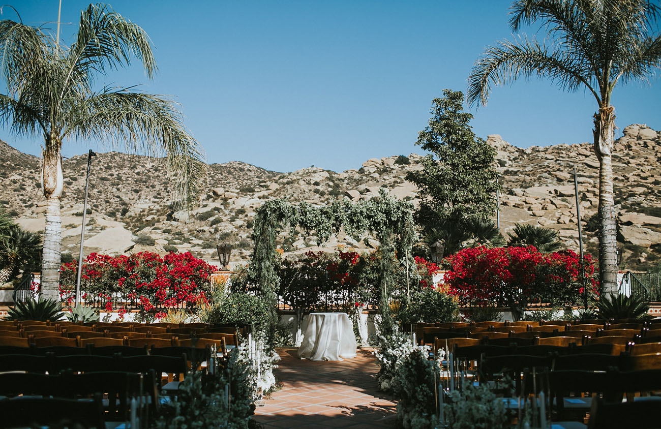 Outdoor Glamour Wedding