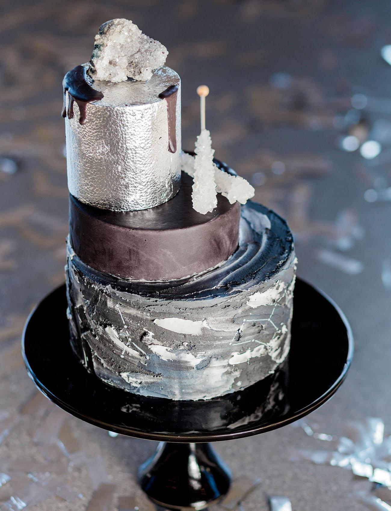 edgy silver wedding cake