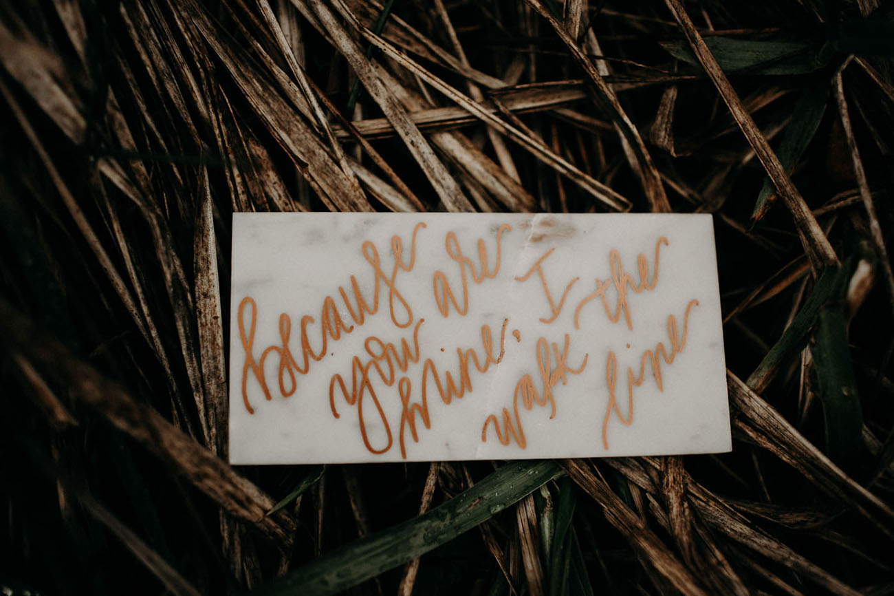 marble calligraphy quote