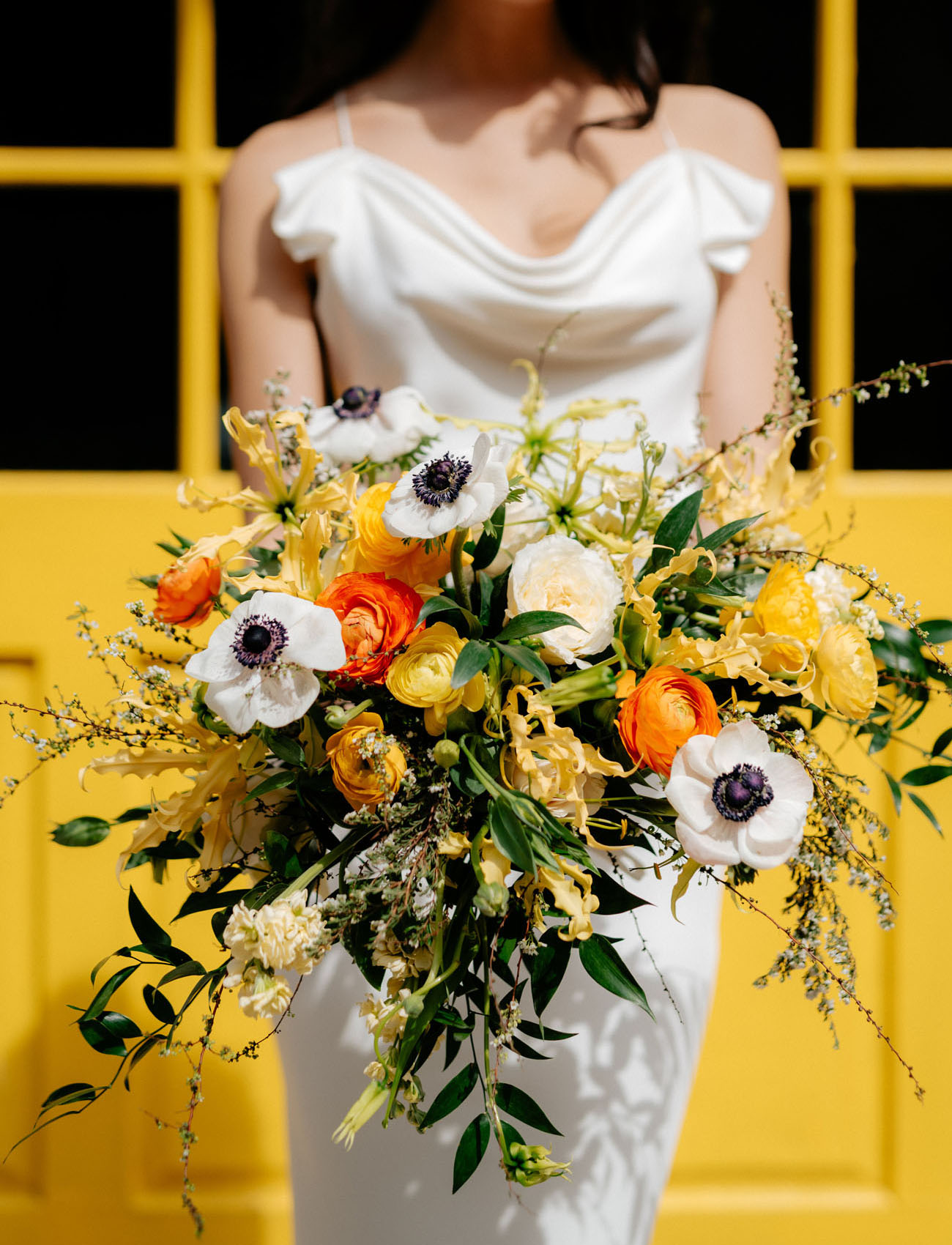 orange and anemone bouquet