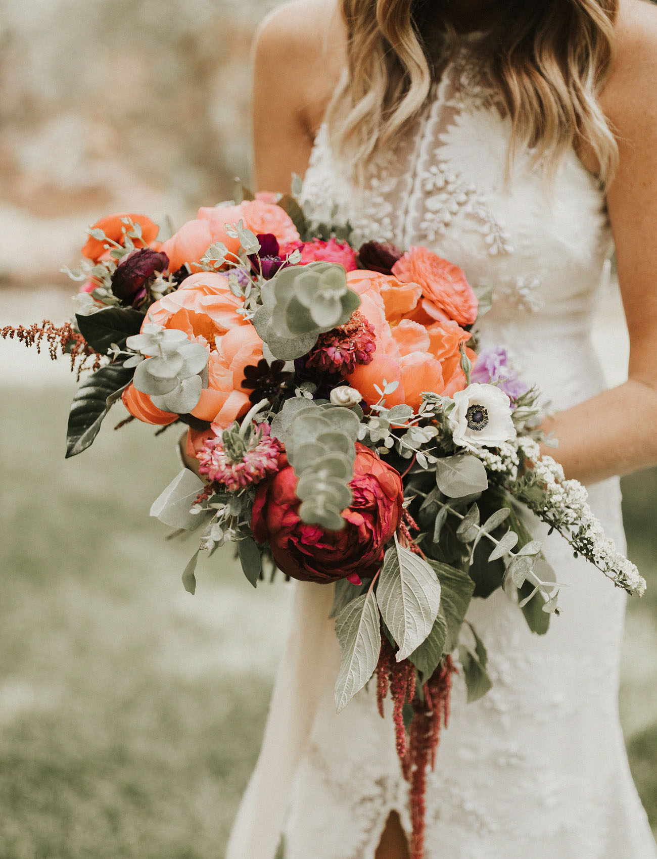 coral peony bouquet