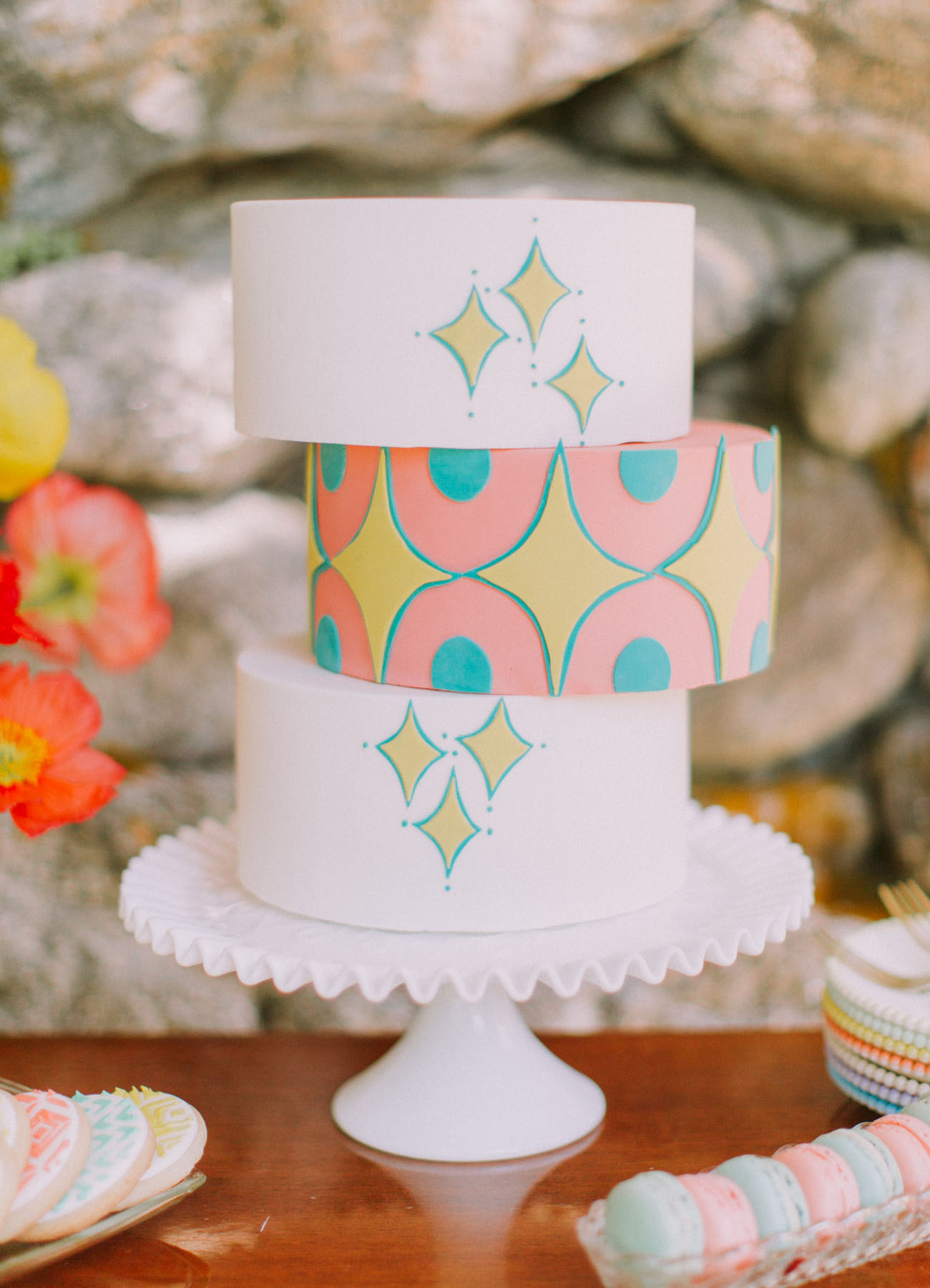 Mid-Century Modern Wedding Cake