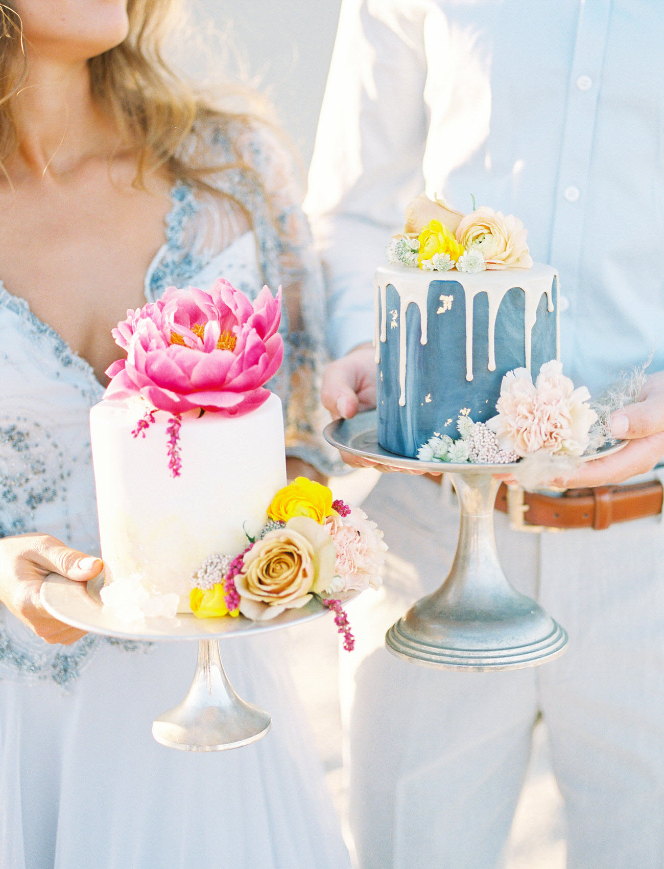 peony and drip cake
