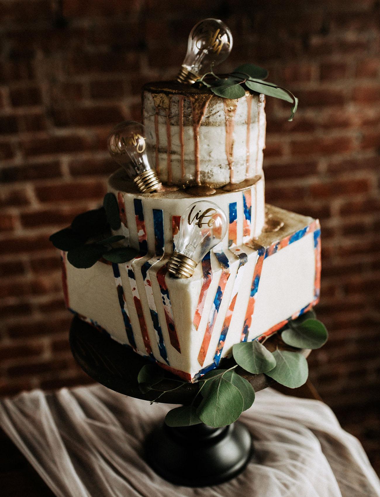 light bulb wedding cake