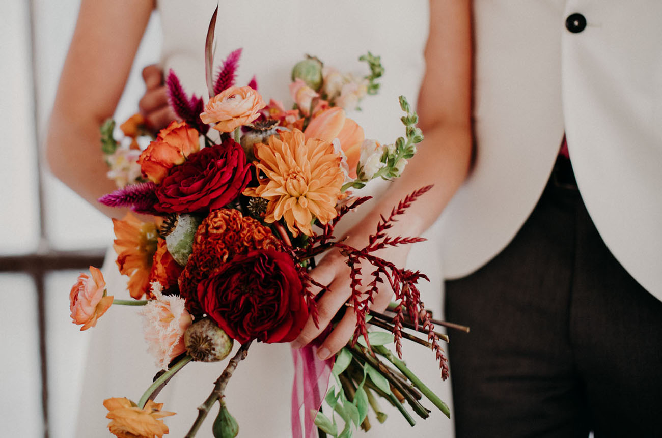fall berry bouquet