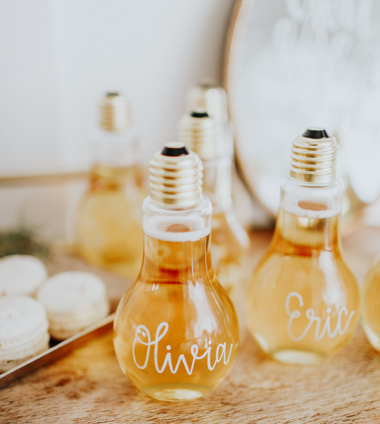 light bulb champagne glasses