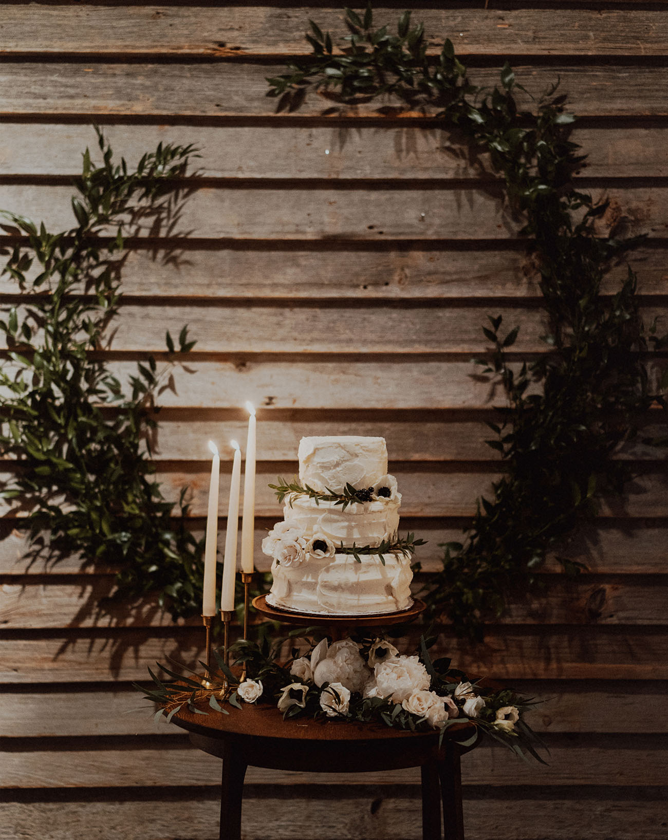 wreath cake backdrop