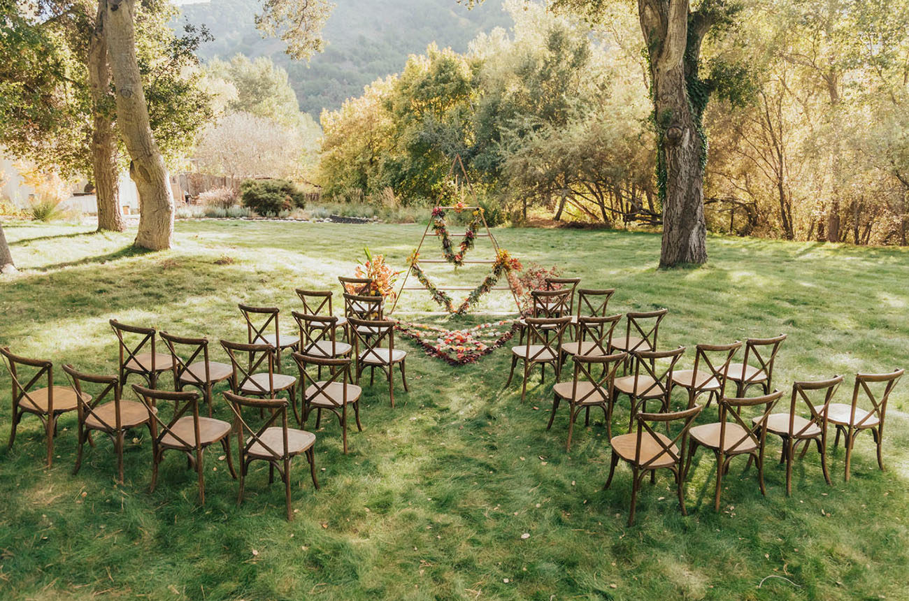 Geometric Fall Thanksgiving Wedding Inspiration