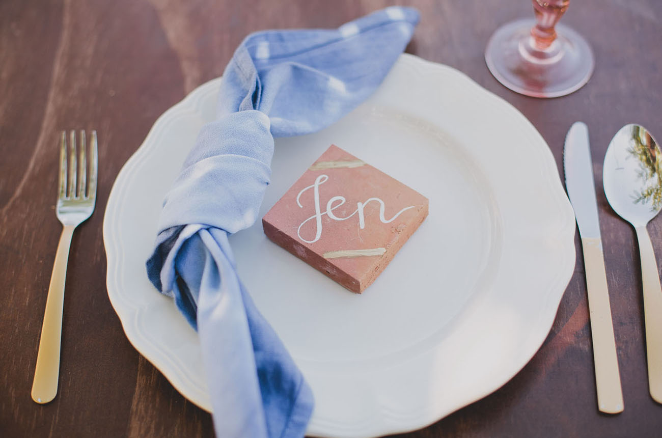 tile favors