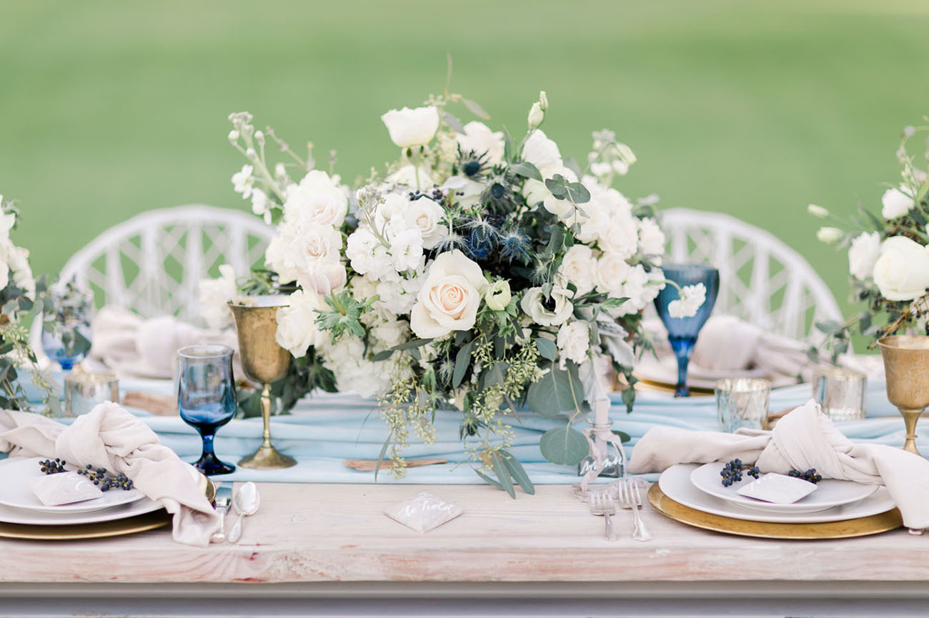 Modern Blue Wedding Inspiration