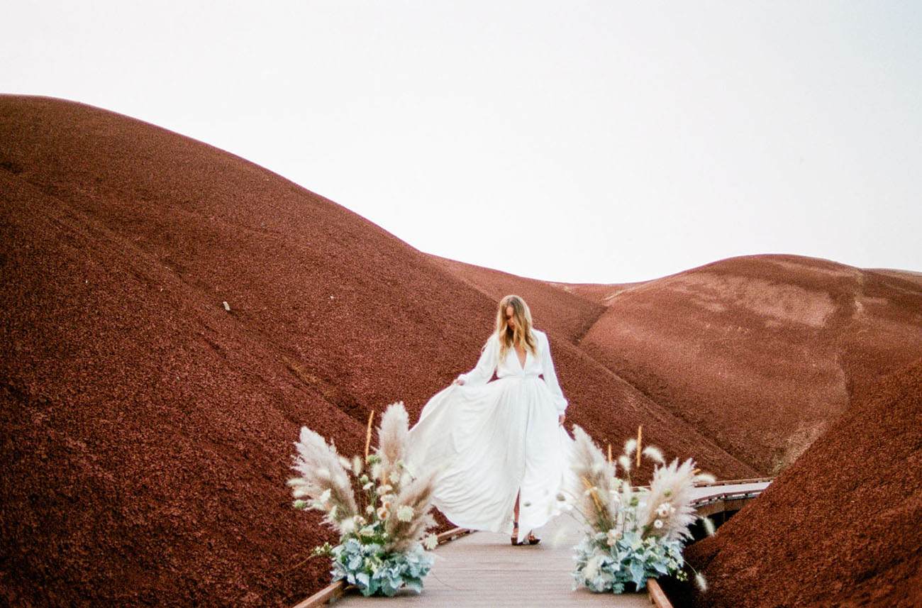 Terra Cotta 70s Bridal Inspiration Among the Painted Hills ...