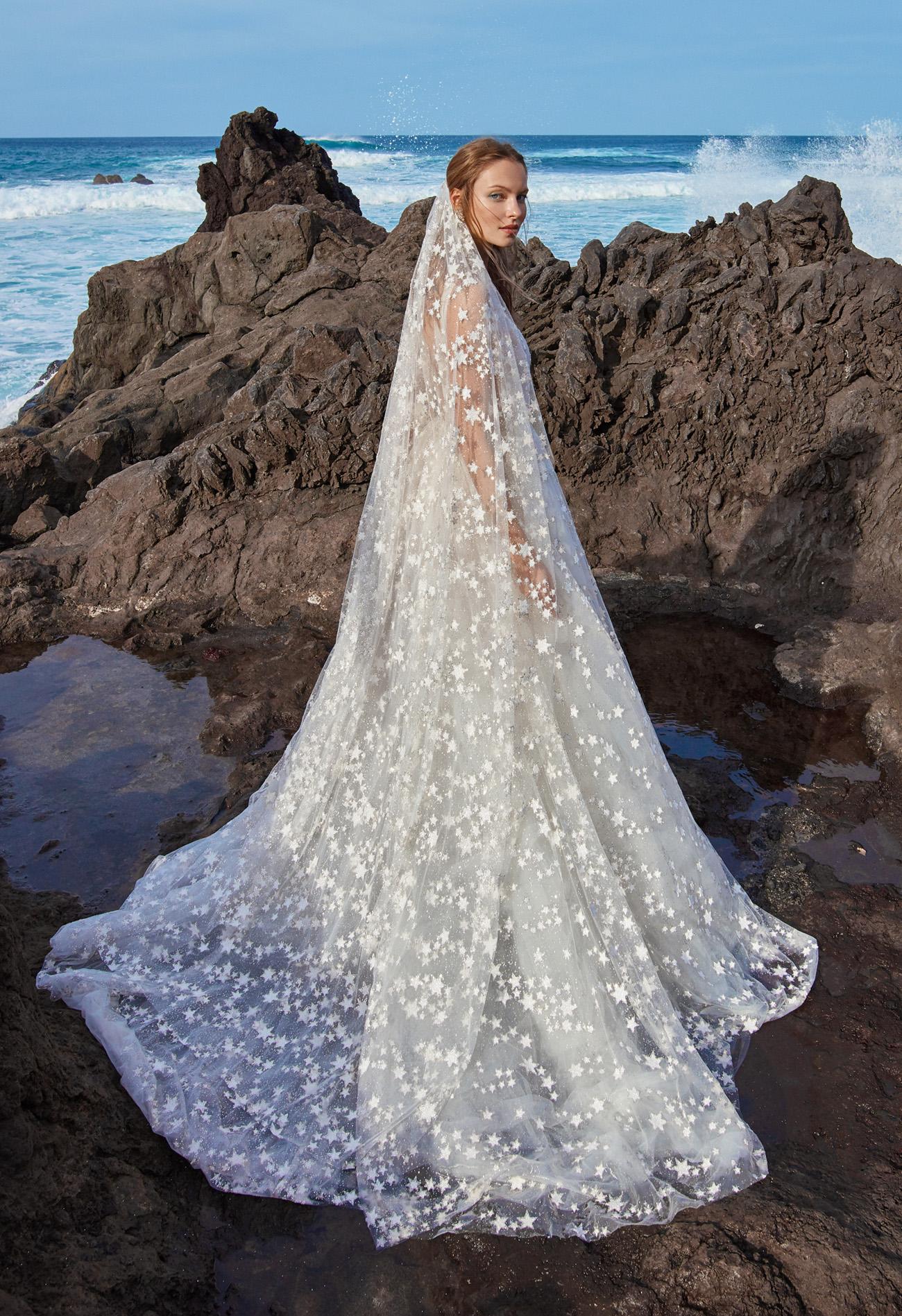 star wedding veil