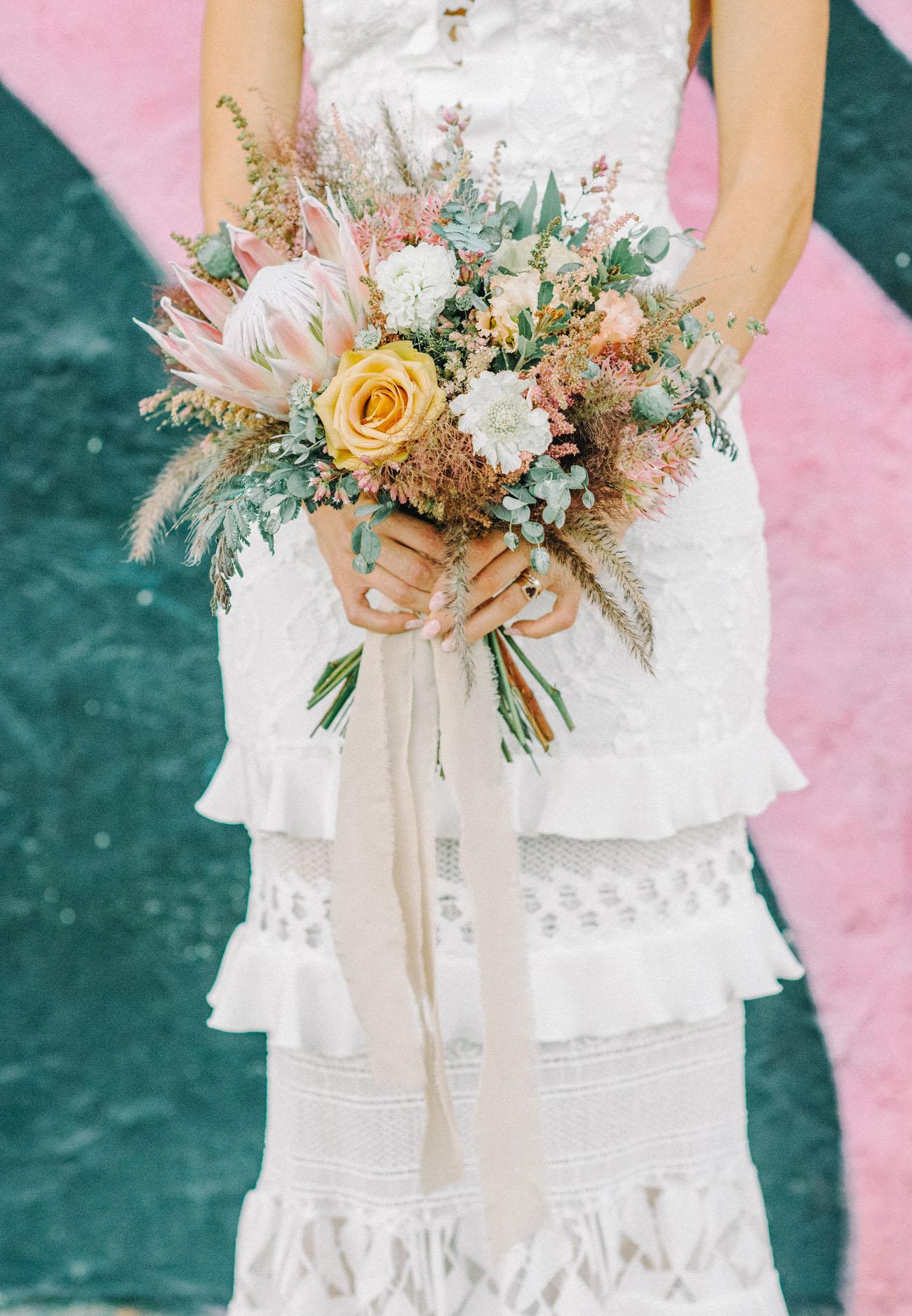 modern boho bouquet