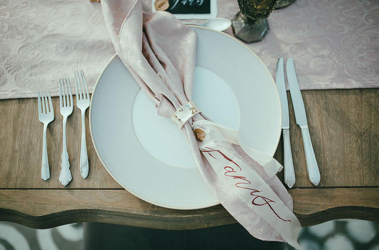 calligraphy napkin