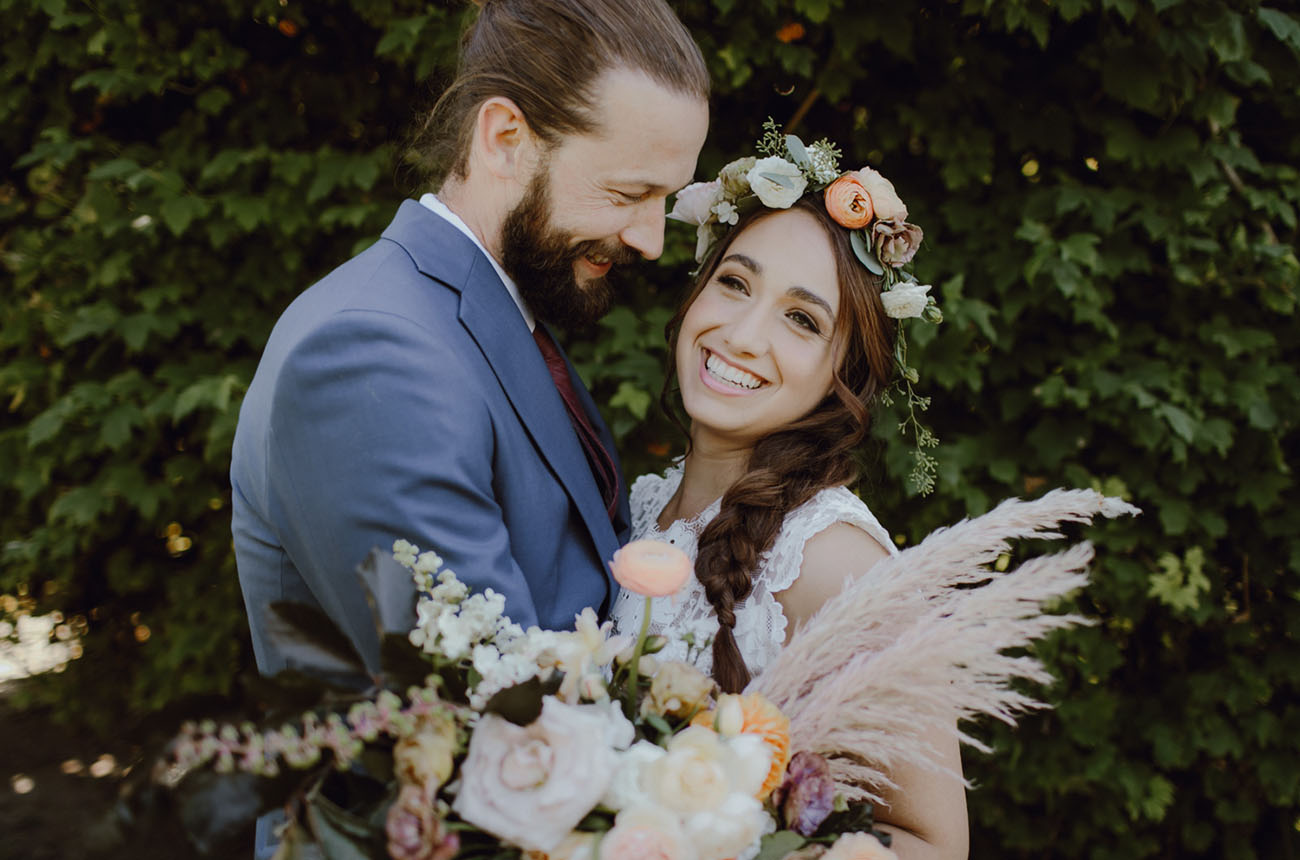 Bright and Boho Oregon Wedding
