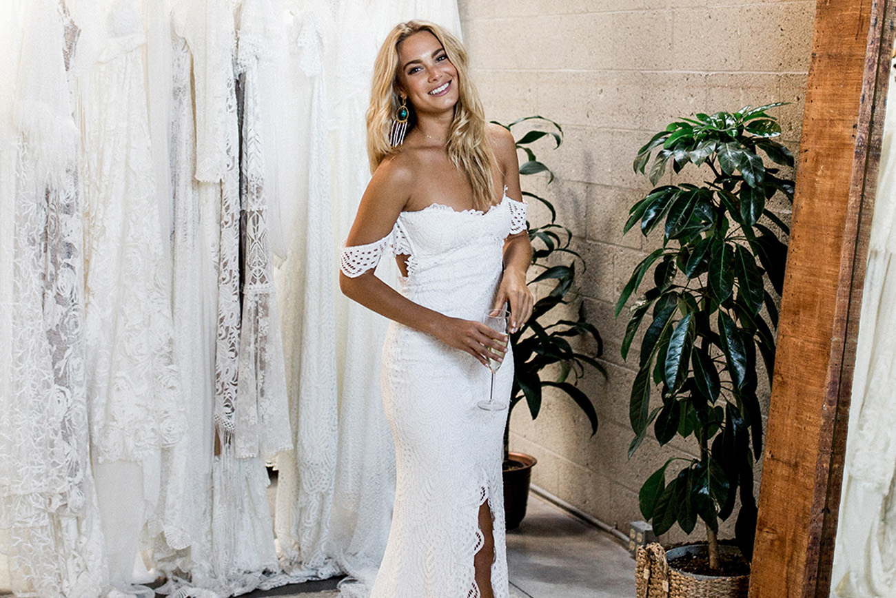 4d7aa3f338 Where to Shop for a Wedding Dress in Southern California - Green Wedding  Shoes