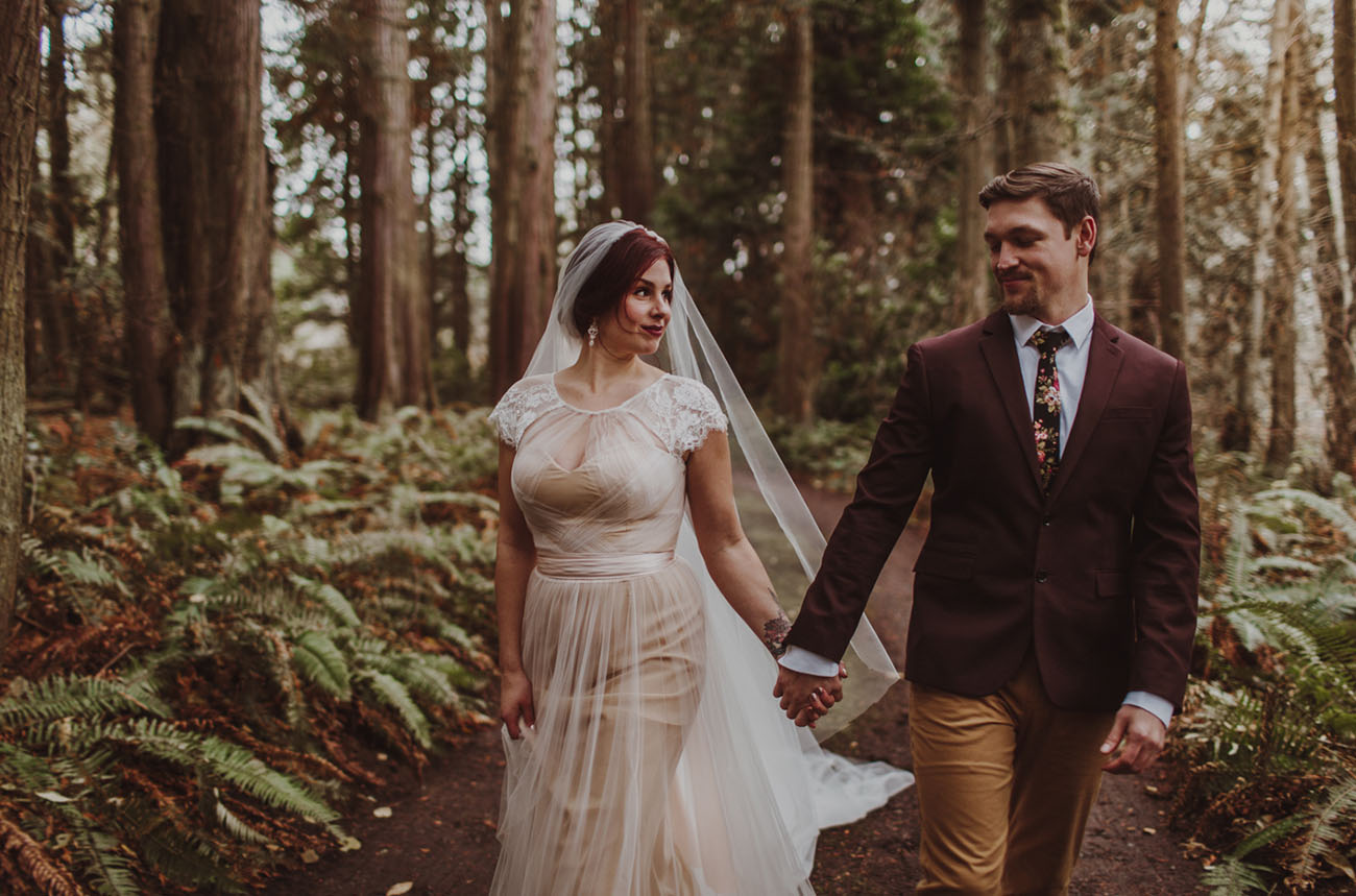 A Moody Forest Elopement on Washington?s Olympic Peninsula