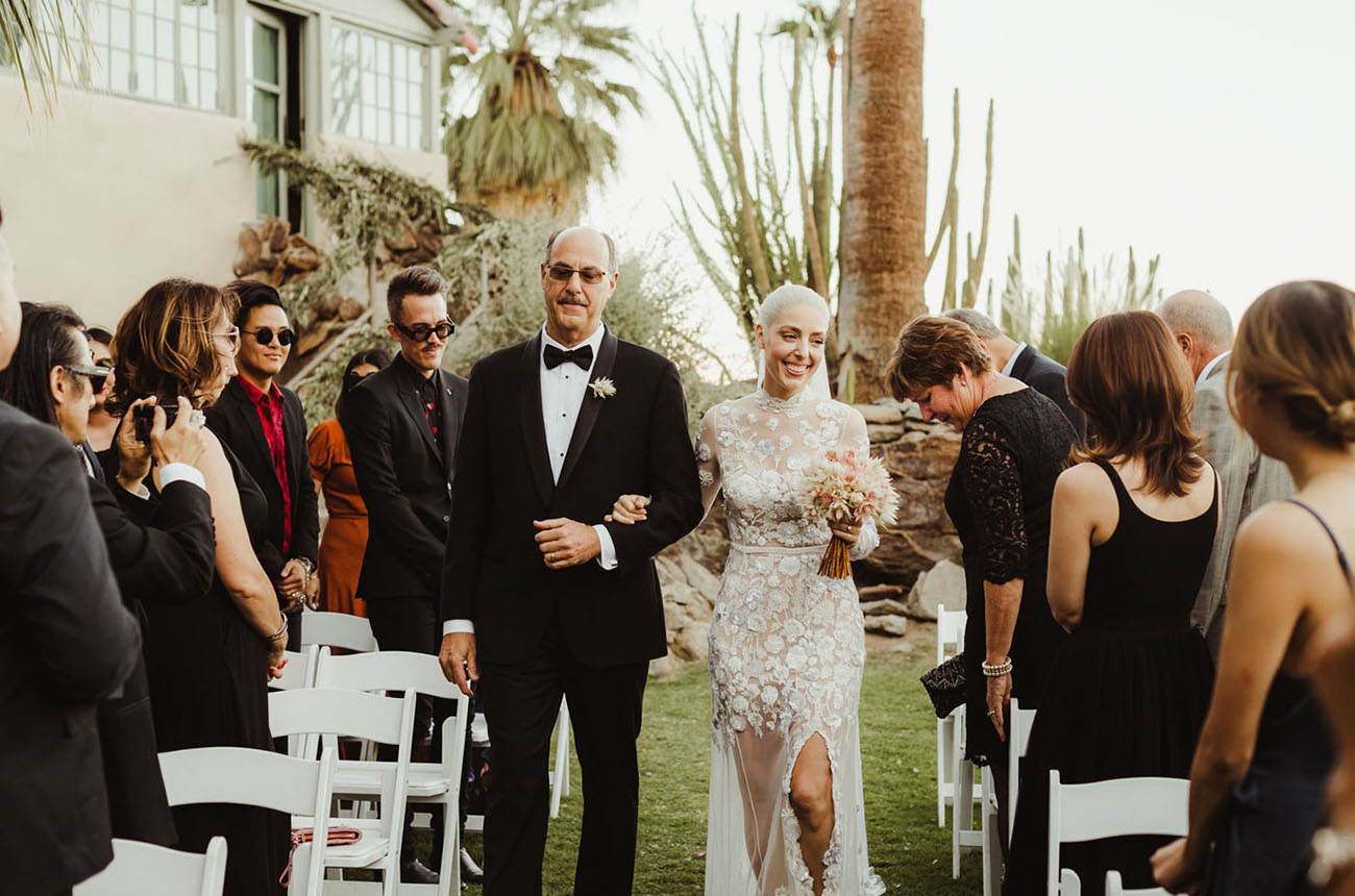 Minimal Palm Springs Wedding