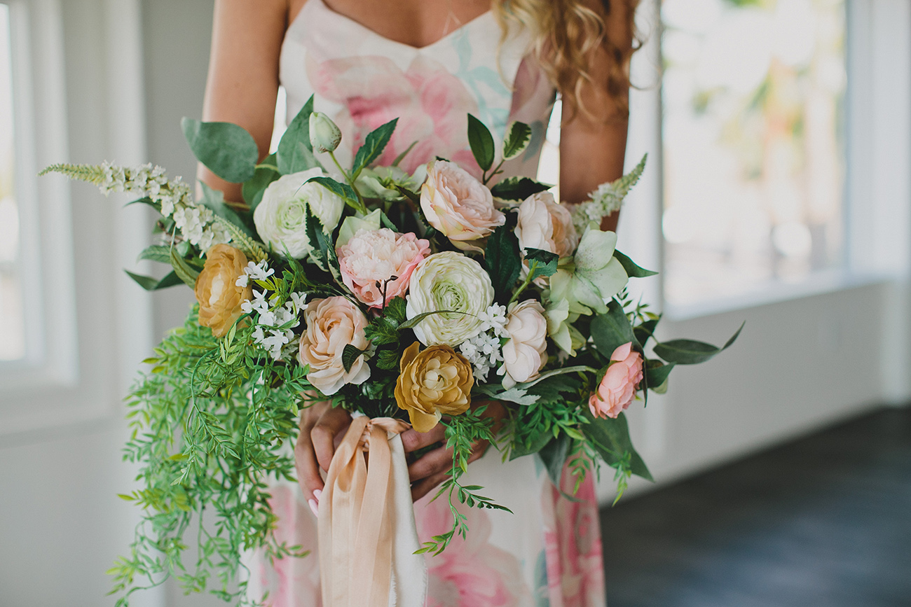 Diy Silk Flower Bouquet For An Elopement Green Wedding Shoes