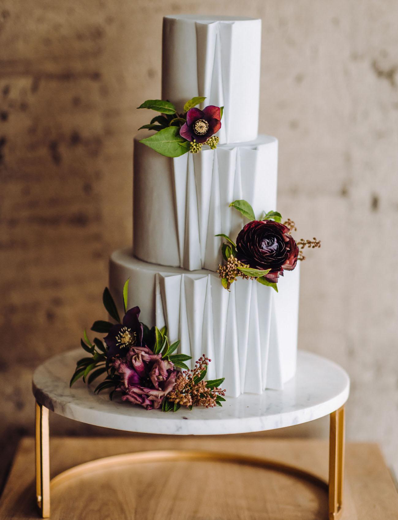 modern deco cake