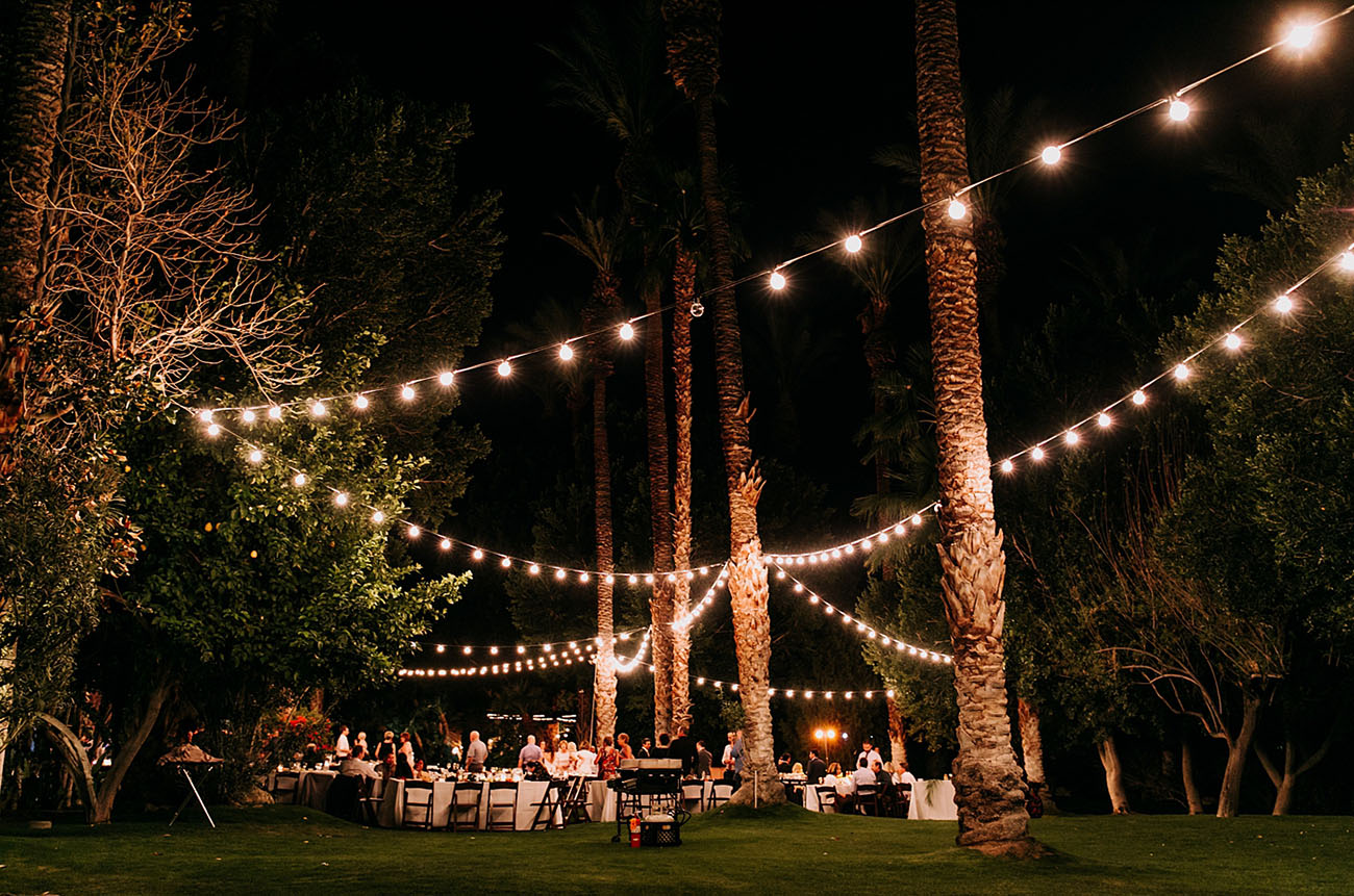 Minimal Palm Springs White Wedding