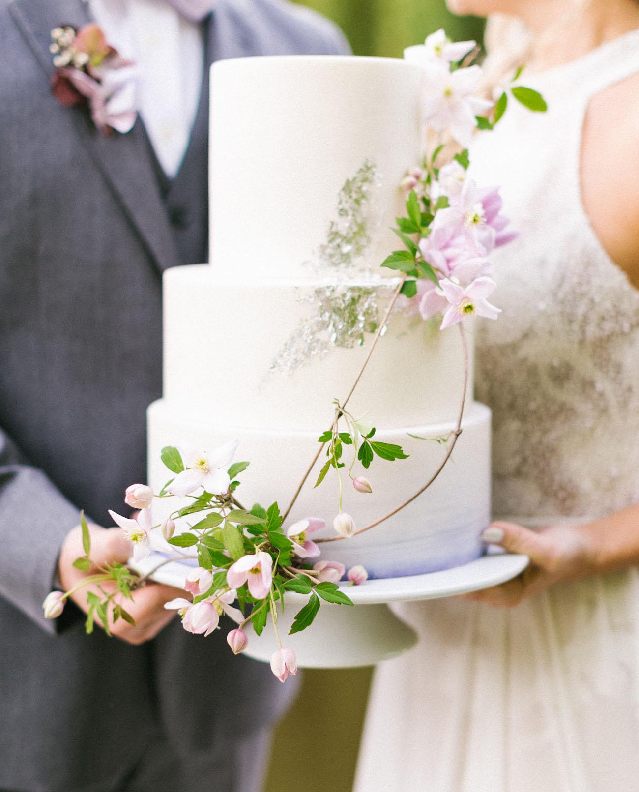 Romantic Ultraviolet Wedding Inspiration