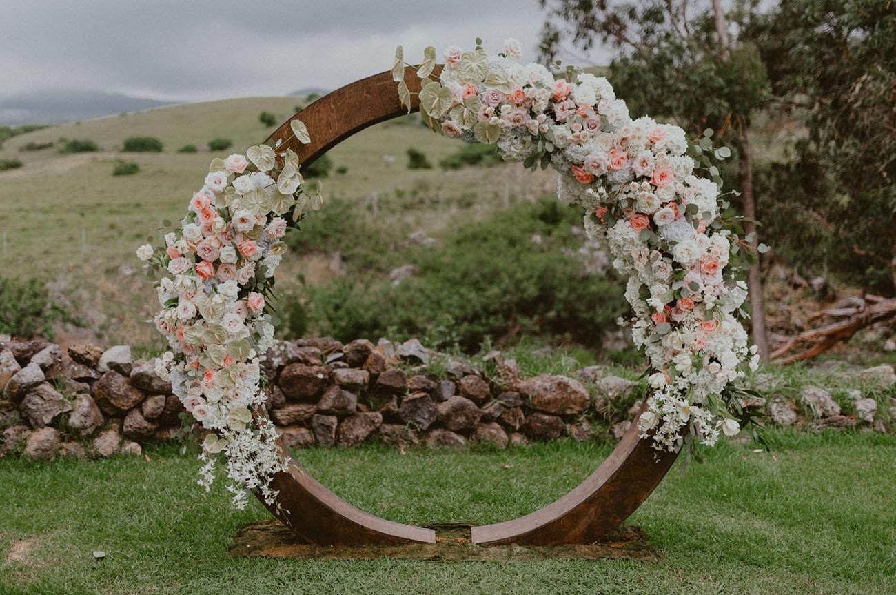circle flower wreath