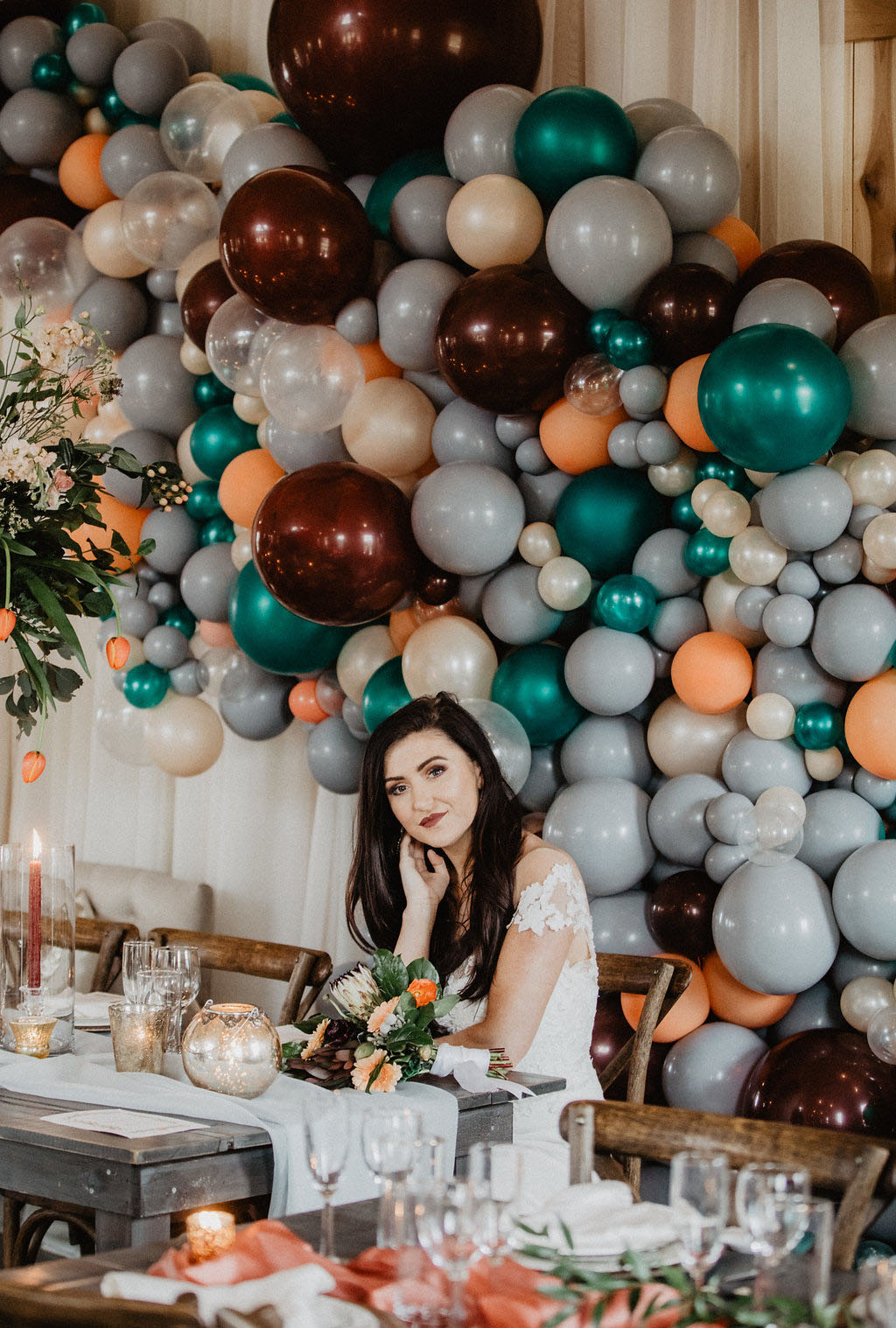 balloon arch wedding inspiration