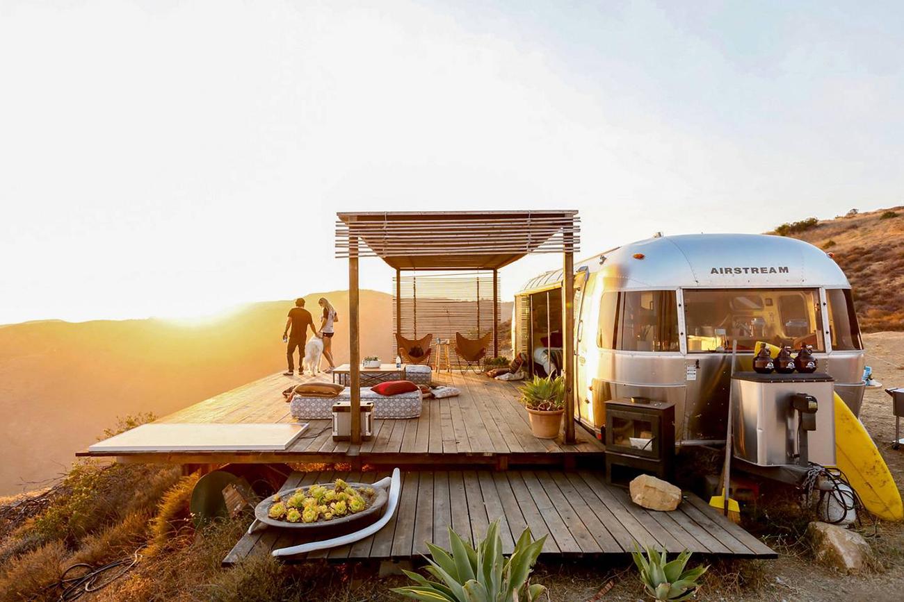 Vintage Airbnb Airstream