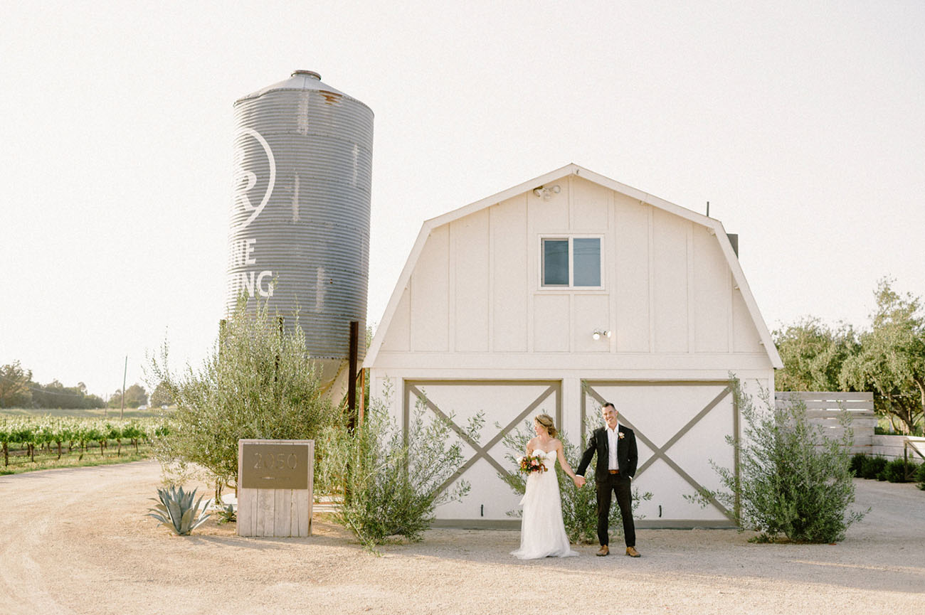 "Want to Get Married on the Central Coast of California"" We've Got the Ultimate Vendor Guide!"
