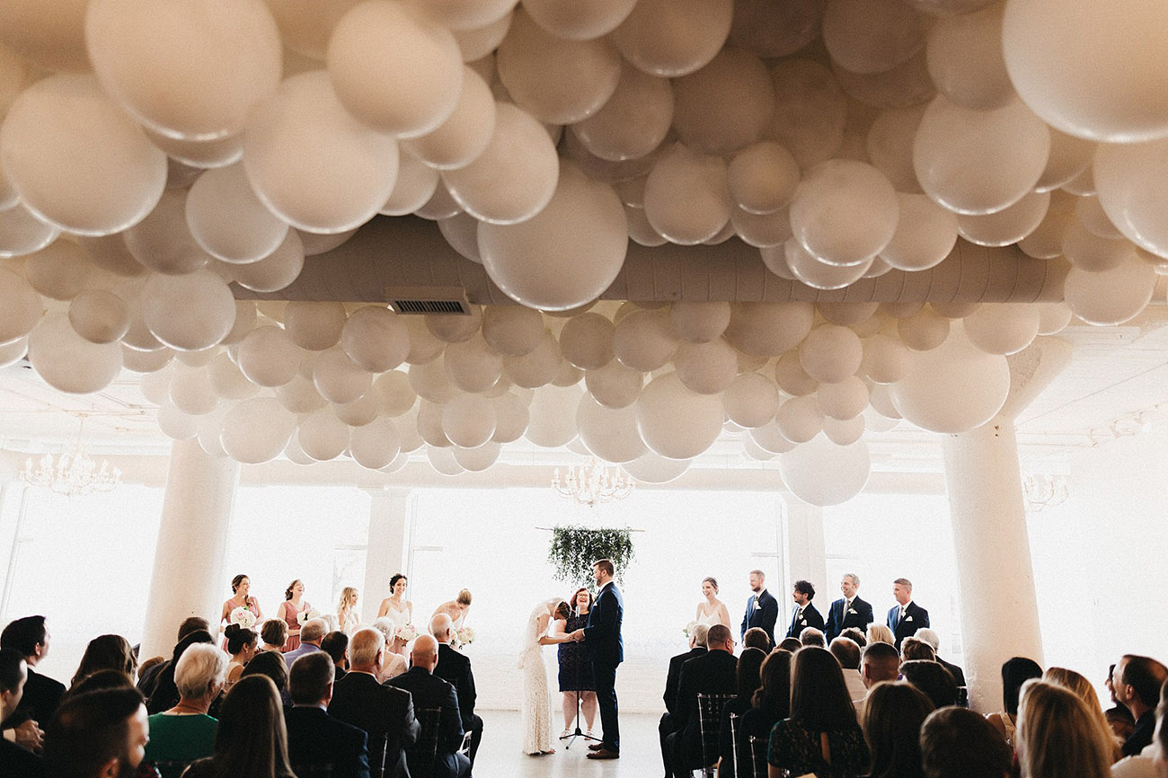 Ceiling Balloon installation for the ceremony