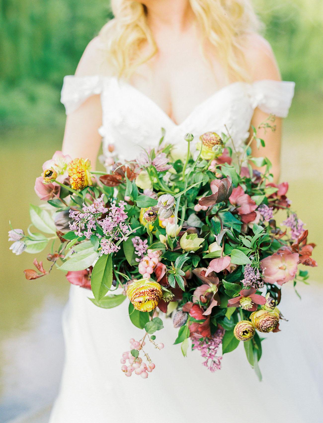 hellebore bouquet