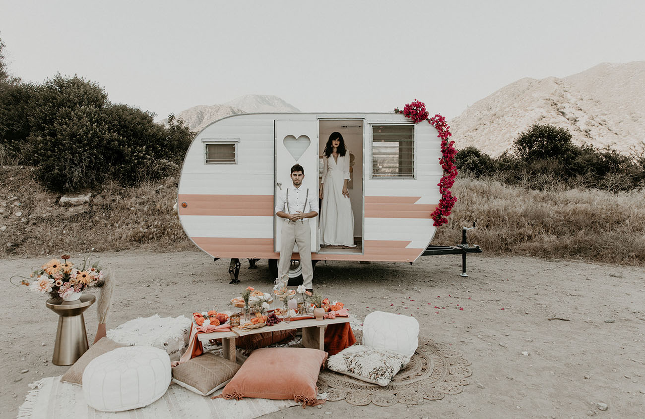 En Route to I Do: Hit the Road with this Styled Elopement Inspiration